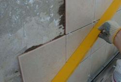 Укладка кафельной плна стену