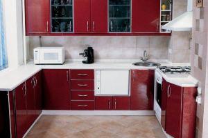 Варианты укладки плитки на кухне