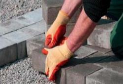 Как положить тротуарную плитку – видео инструкция