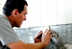 Укладка плитки на стену, видео материалы от лучших мастеров