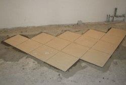 Укладка плитки по диагонали, видео материал правильного монтажа