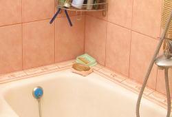 Укладка плитки в ванной, видео работы профессионалов