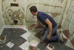 Как положить плитку в ванной комнате правильно и недорого, цена работы
